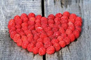 有益于心脏的食物介绍心脏的保养方法有什么呢